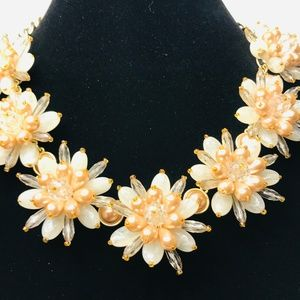 Banana Republic Blush Flower Burst Necklace #75